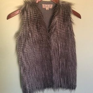 Pink Republic Jackets & Coats - Girl's Pink Republic Faux Fur Vest